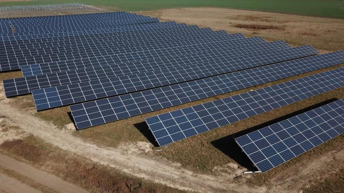 Etyeki napelemes kiserőmű, 4x498 kW